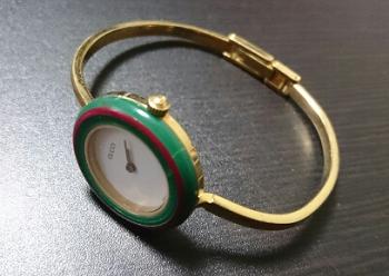グッチ チェンジベゼル時計.png