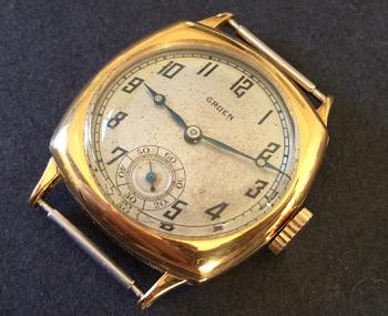 GRUENグリュエンの手巻き時計.png